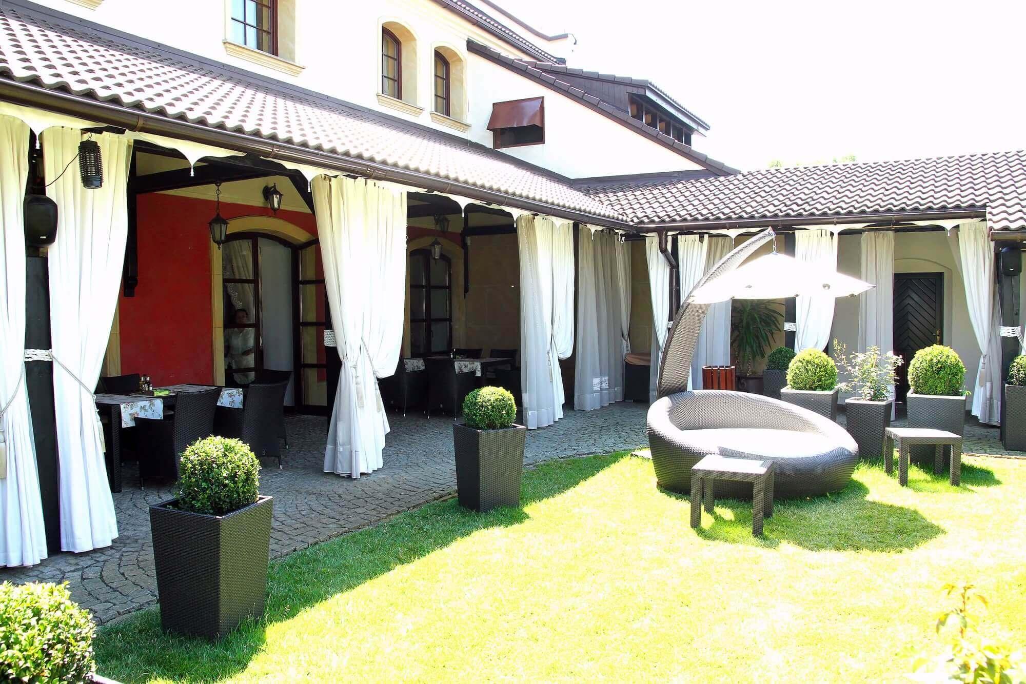 hotel z ogrodem na wesele - hotel nowodworski